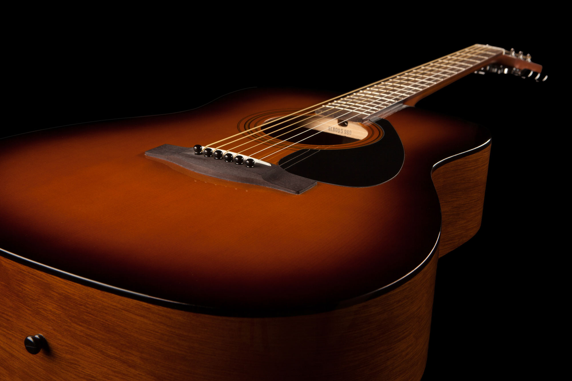 Yamaha F310 Acoustic Guitar In Natural Or Tobacco Brown