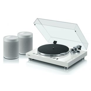 MusicCast Vinyl 500 Wireless Turntable with 2x MusicCast 20 Wireless Speakers
