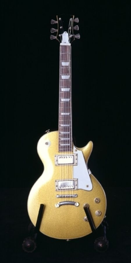 Gibson Les Paul Model in Gold