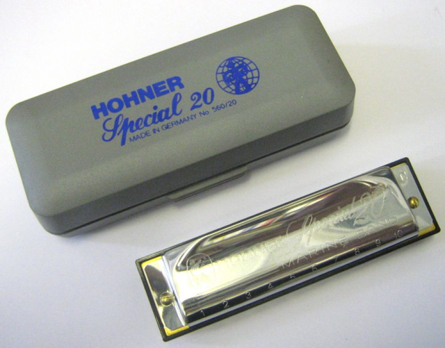 Special 20 Harmonica in A Major