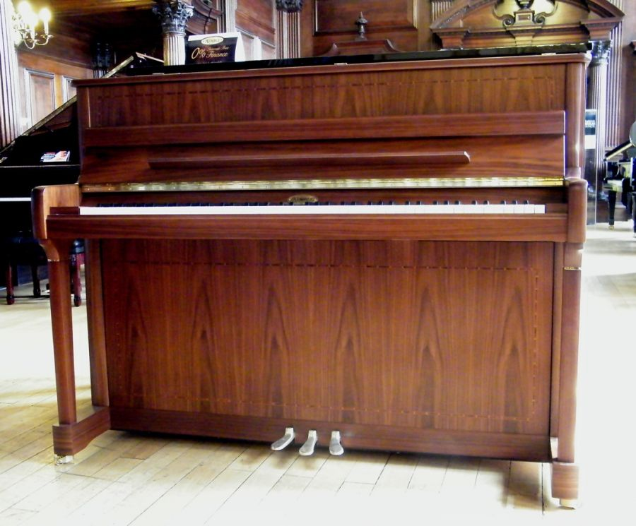 Concerto Upright Piano