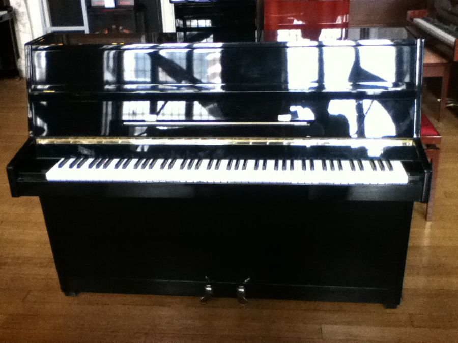 Pre-owned Zimmermann Upright Piano - Polished Black