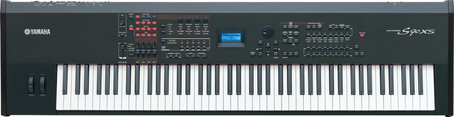 S90 XS Professional Synthesizer/Stage Piano