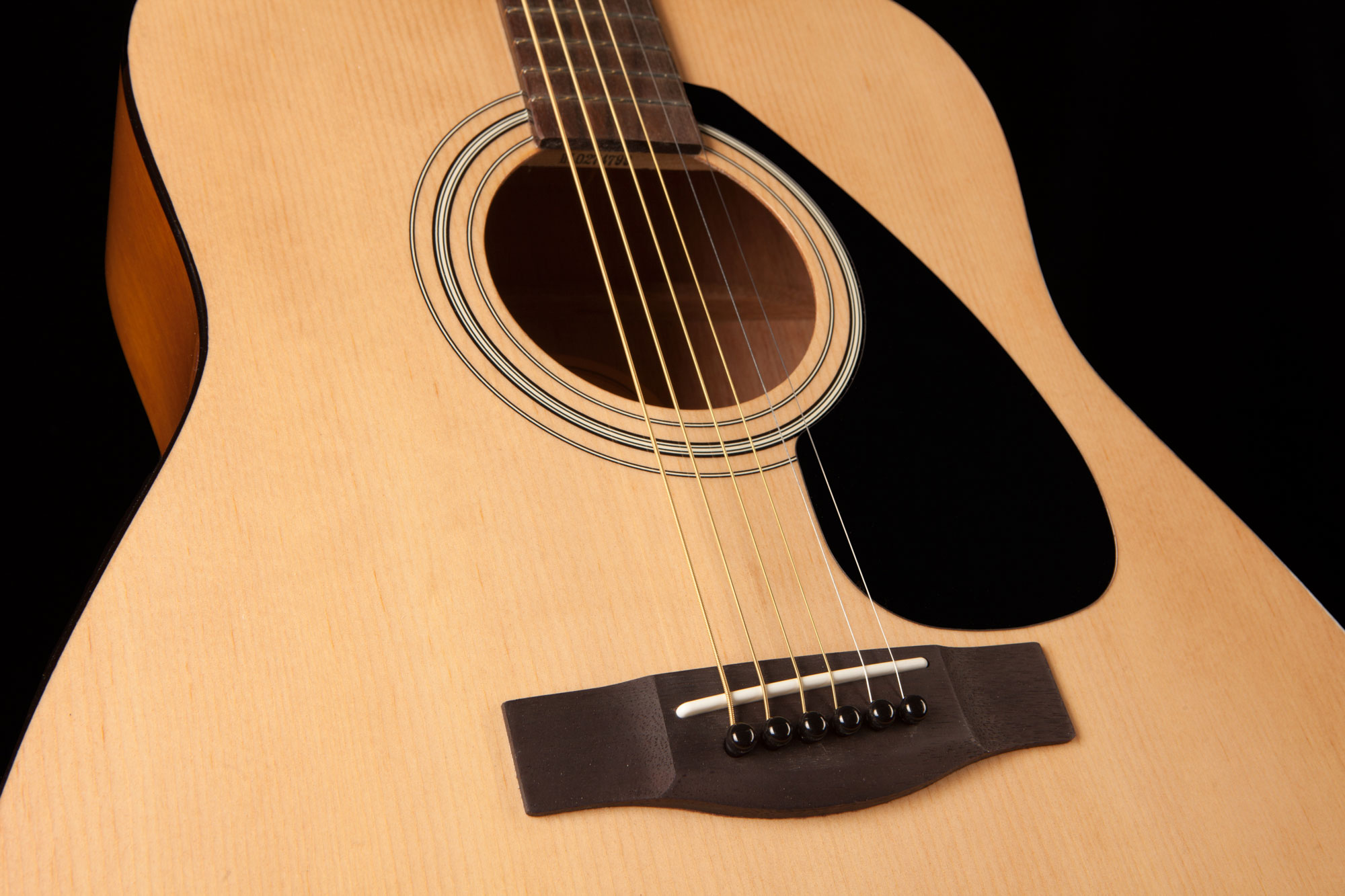 Yamaha F310 Acoustic Guitar In Natural or Tobacco Brown ...