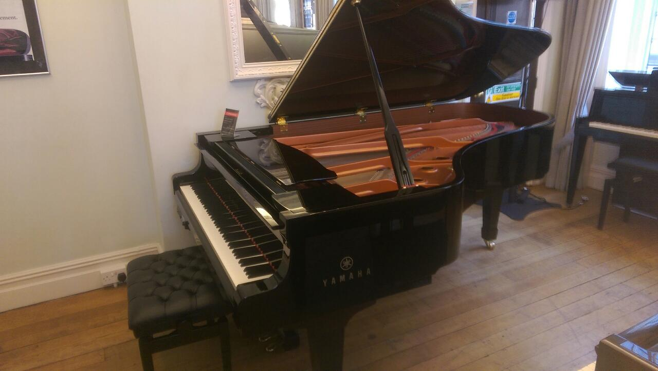 Yamaha pre owned yamaha dc7m disklavier grand piano in for How big is a grand piano