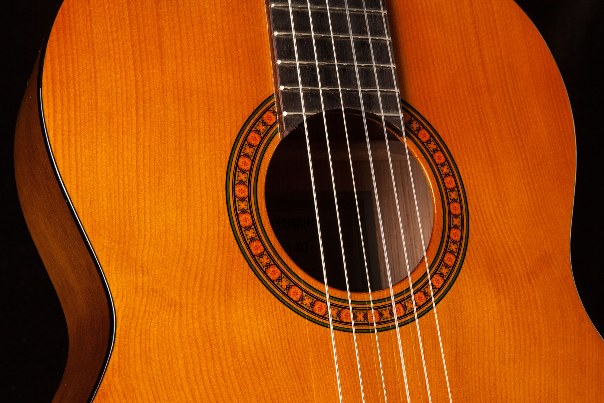 yamaha cs40 mk ii three quarter size classical guitar in natural finish yamaha music london. Black Bedroom Furniture Sets. Home Design Ideas